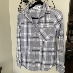 Old Navy The Classic Shirt